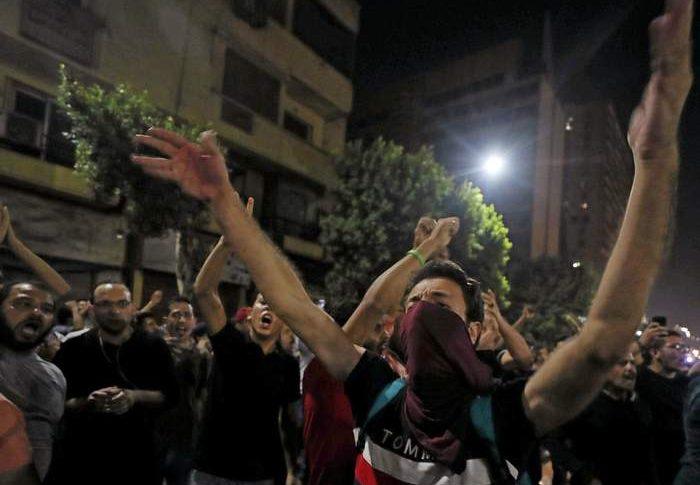 الديلي تلغراف: تصاعد الغضب الجماهيري في مصر إزاء الديكتاتورية