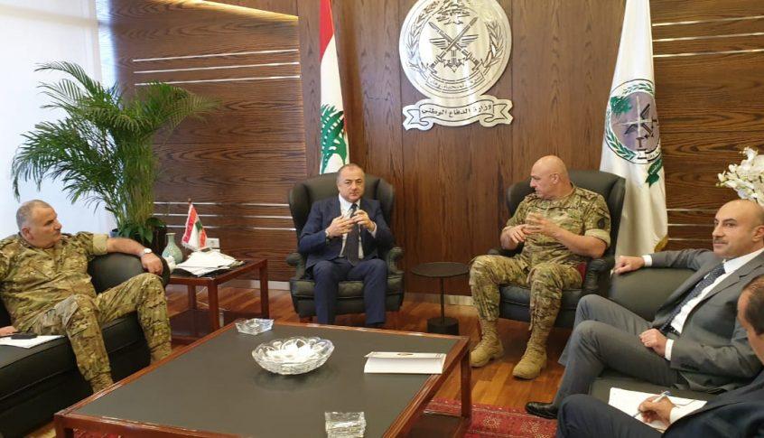 بالصور: بو صعب يعقد اجتماعاً أمنياً لمناقشة موضوع المعابر غير الشرعية