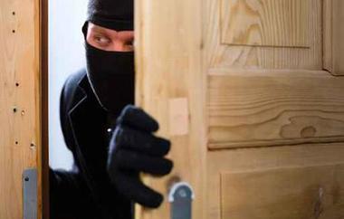 سرقة ميني ماركت في رميش