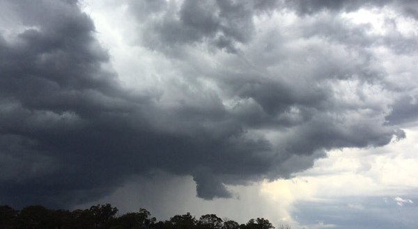 طقس الخميس متقلب وممطر!