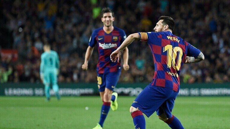 """ميسي يفاجئ برشلونة بـ""""الرحيل"""""""