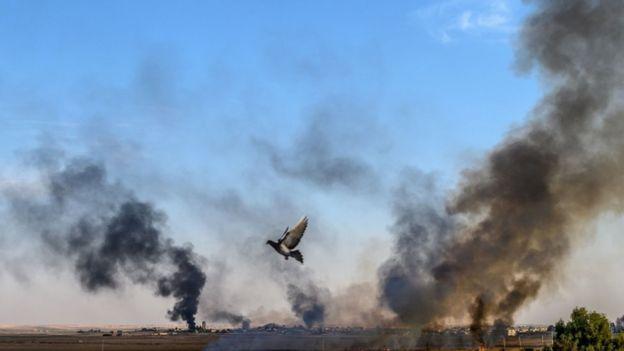 """الفايننشال تايمز: الخوف من عودة تنظيم """"داعش"""" بعد الهجمات"""
