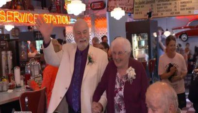 افترقا 63 سنة ثم التقيا وتزوجا!