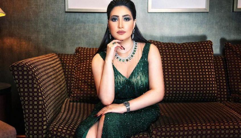الفنانة المصرية بوسي ممنوعة من السفر وطلب شطب عضويتها من النقابة