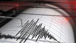 رويترز: زلزال بقوة 5.8 درجة يضرب منطقة الحدود الإيرانية التركية