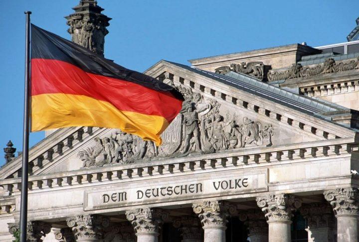 حكومة المانيا تدعو السراج وحفتر إلى مؤتمر برلين حول ليبيا