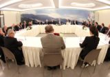 """القوات اللبنانية: حكومة """"كيف ما كان"""".. لن يُصار الى التأليف"""