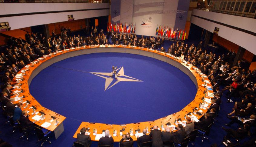 الناتو: الوجود العسكري الأميركي في أوروبا وصل إلى أعلى مستوياته منذ مطلع القرن