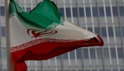 نائب ايراني: إيران وأميركا تقتربان من الحرب بشكل غير عادي