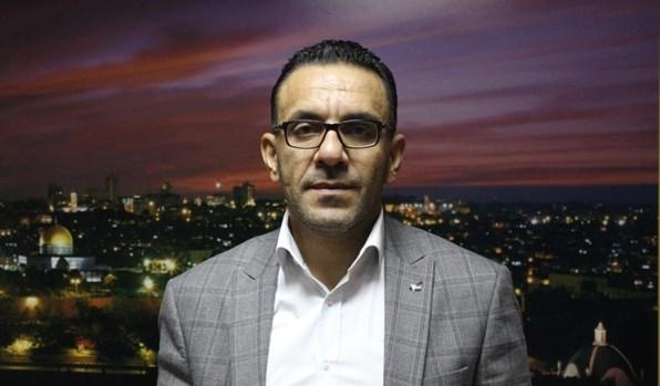 بالفيديو: قوات العدو الاسرائيلي تعتقل محافظ القدس