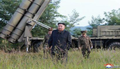زعيم كوريا الشمالية تفقد وحدات عسكرية على الحدود