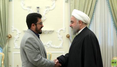 روحاني أثناء استقباله سفير صنعاء: ندعمكم في زمن الحرب والسلم