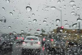 امطار غزيرة ترافقت مع تساقط حبات من البرد في بيروت والمناطق