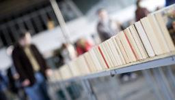 """""""معرض بيروت للكتاب"""" ضحية نقص في السيولة (سوسن الأبطح-الشرق الاوسط)"""