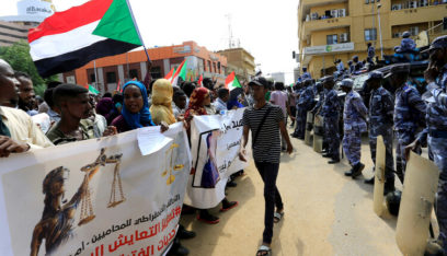 """حمدوك يؤكد أن """"دماء شهداء السودان لن تذهب هدراً"""""""