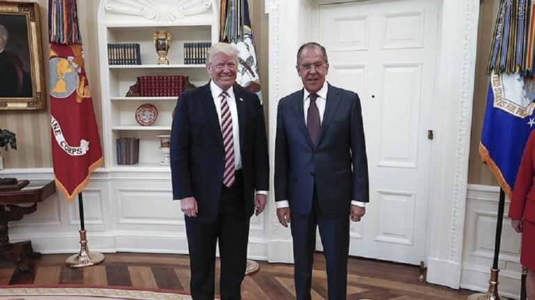 البيت الأبيض يؤكد إمكانية عقد اجتماع بين ترامب ولافروف