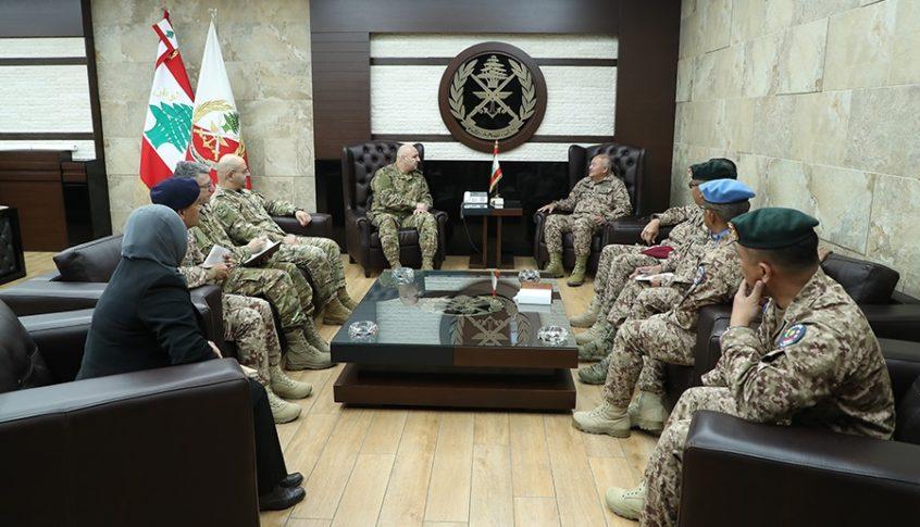 قائد الجيش استقبل رئيس أركان الدفاع الماليزي