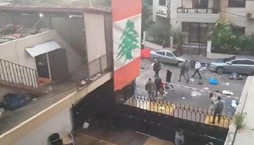 اشكال بين مرافقي كرامي ومحتجين في طرابلس (فيديو)