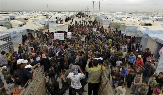 مليون نازح عادوا الى سوريا وضغط لبناني لتفعيل العودة