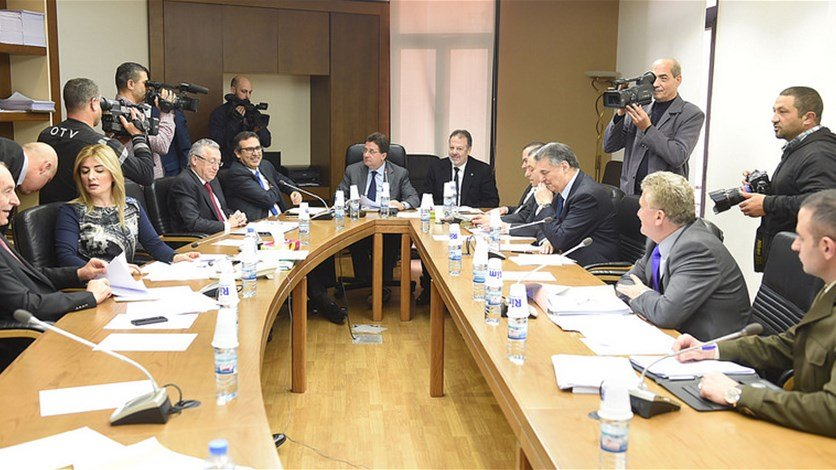 لجنة المال تقر موازنات وزارات السياحة والمهجرين والعمل والصناعة