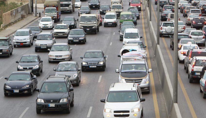 حركة المرور كثيفة من ذوق مكايل باتجاه جونية