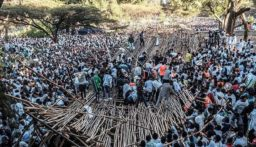 مقتل 10 أشخاص بانهيار منصة خشبية خلال احتفال ديني في اثيوبيا