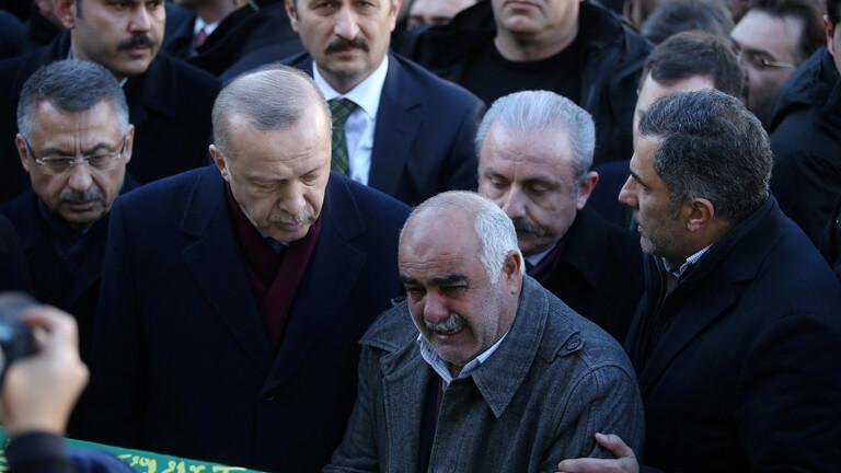 أردوغان يصل الى المنطقة المنكوبة بالزلزال شرق تركيا