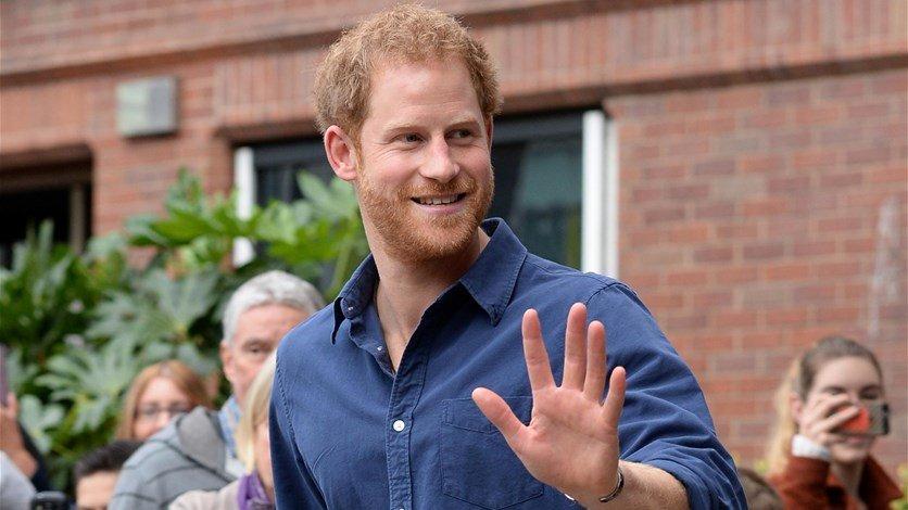 بالفيديو: الأمير هاري يصل إلى كندا لبدء حياة جديدة