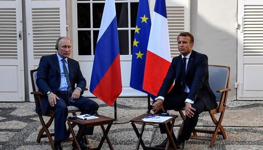 بوتين يبحث مع ماكرون الوضع في لبنان وخطوات تقديم الدعم اثر انفجار بيروت
