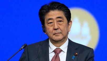 رئيس وزراء اليابان يدعو لإغلاق المدارس مؤقتا بسبب كورونا