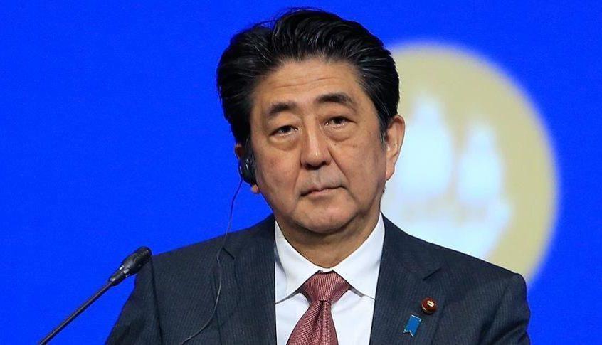 رئيس الوزراء الياباني اختتم جولته الخليجية في سلطنة عمان
