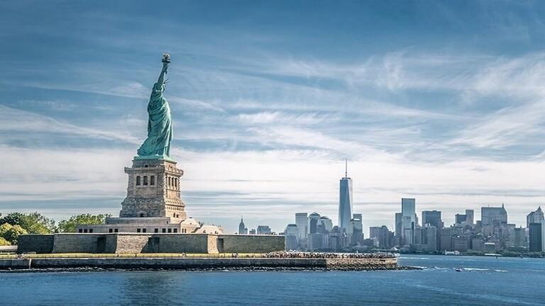 ترامب: بناء جدار بحري حول نيويورك فكرة غبية