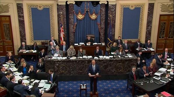 محامو ترامب يبدأون اليوم بجلسات الدفاع عنه في مجلس الشيوخ