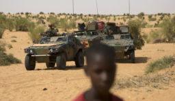 مقتل 36 مدنياً بهجوم مسلح شمالي بوركينا فاسو