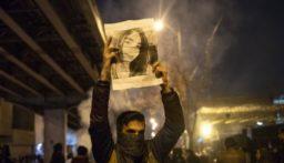 الغارديان: إيران تواجه عاما من البؤس والاضطرابات