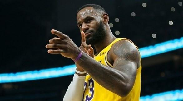 ليبرون جيمس ثالث أفضل مسجل في تاريخ كرة السلة
