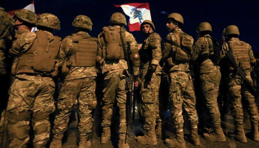 انتشار للجيش اللبناني على طول الاوتوستراد الساحلي