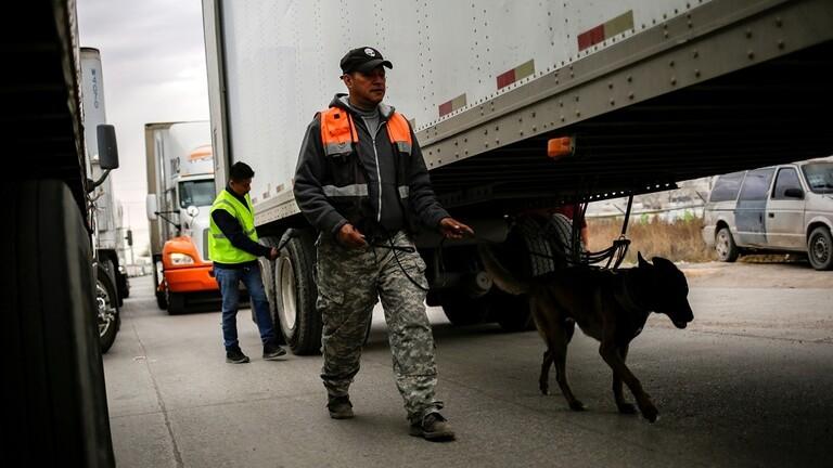 العثور على 10 جثث متفحمة داخل شاحنة في المكسيك