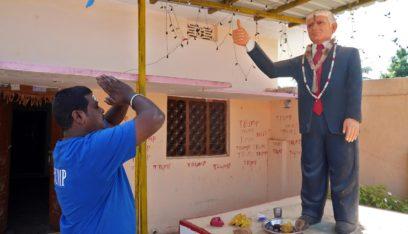 بالفيديو: هندي يعبد دونالد ترامب ويشيد تمثالاً له!