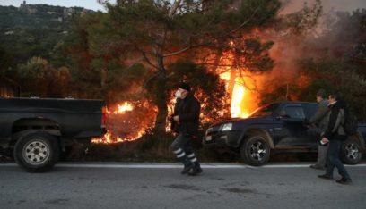 اشتباكات على جزيرة يونانية بين الشرطة ومحتجين