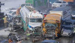 بالفيديو: تصادم 200 سيارة في كندا.. والضحايا بالعشرات!