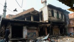 """""""الاندبندنت أونلاين"""" تتحدث عن""""استهداف المسلمين"""" في الهند…"""