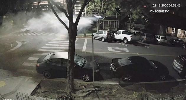 """بالفيديو.. قادت سياراتها ثملة فارتكبت حادثاً """"جنونياً"""""""