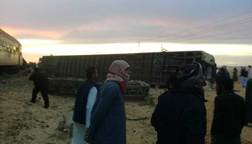 إصابة 24 شخصا اثر انقلاب قطار في مصر