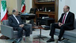 الرئيس عون استقبل وزير الصحة  واطلع منه على آخر المعطيات المتعلقة بظهور إصابة بالكورونا