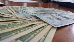 التيار الوطني الحر فتح مكاتبه لصرف الدولار بـ1500؟!