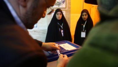 بدء فرز الاصوات بعد إغلاق صناديق الاقتراع للانتخابات البرلمانية الإيرانية