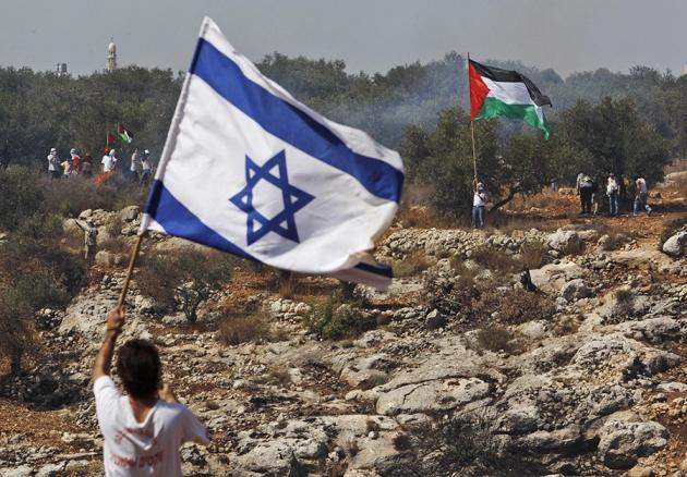 مصادر إسرائيلية: لن يتم الرد على إطلاق الصواريخ من جنوب لبنان