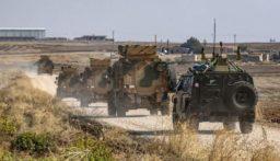 """القوات الروسية تدخل تعزيزات الى مطار """"الطبقة العسكري"""" غرب الرقة"""