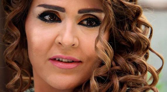أول فنانة سورية تعلن إصابتها بفيروس كورونا!